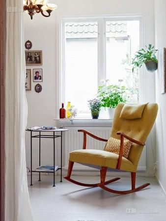 迷你可爱小窗台也能挤出阳光读书角(图9)