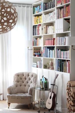 迷你可爱小窗台也能挤出阳光读书角(图7)